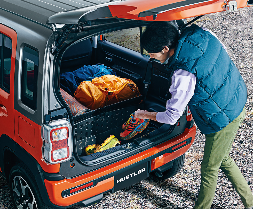 hustler-custom-outdoor-luggage