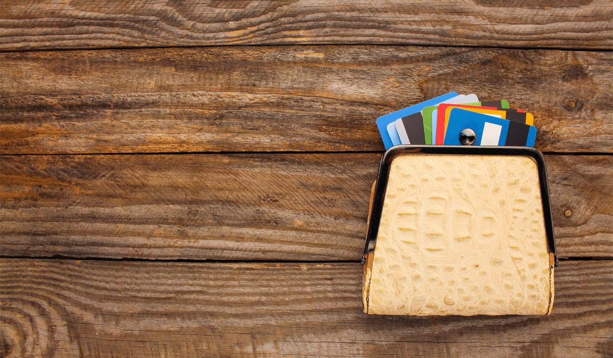 dragons-credit-card-doara