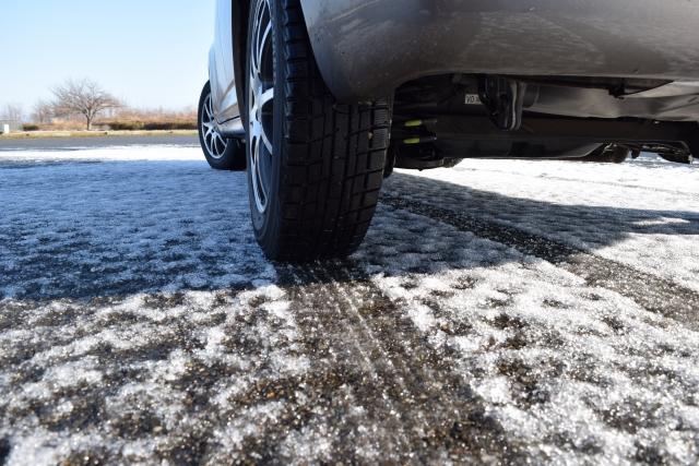 studless-tires-vulnerable-rain